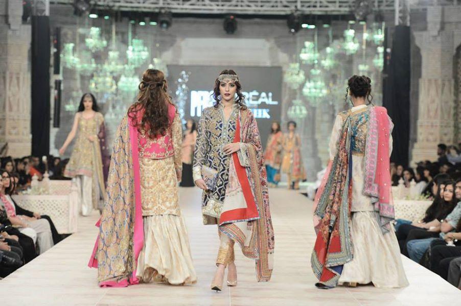 Zara-Shahjahan-Collection-at-pfdc-L'Oreal-Paris-Bridal-Couture-Week (9)