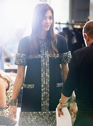 chanel-spring-summer-2015-ready-to-wear-backstage-view (2)