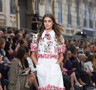 chanel-spring-summer-2015-ready-to-wear-looks-06