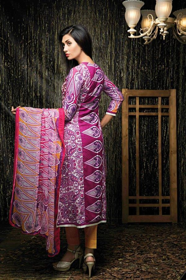 Amna-Ismail-Winter-Linen-Collection (39)