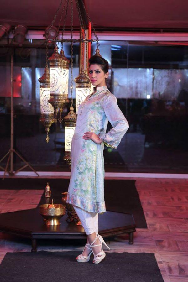 Pareesa-chenone-silk-winter-collection-launch-show (1)