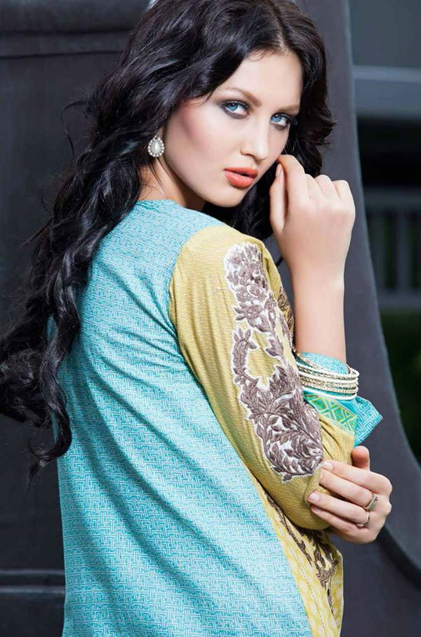 Rabea-Kurti-Collection-by-Shariq-Textiles (18)