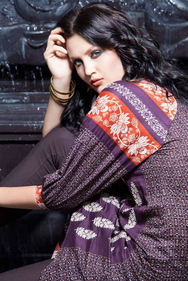 Rabea-Kurti-Collection-by-Shariq-Textiles (2)