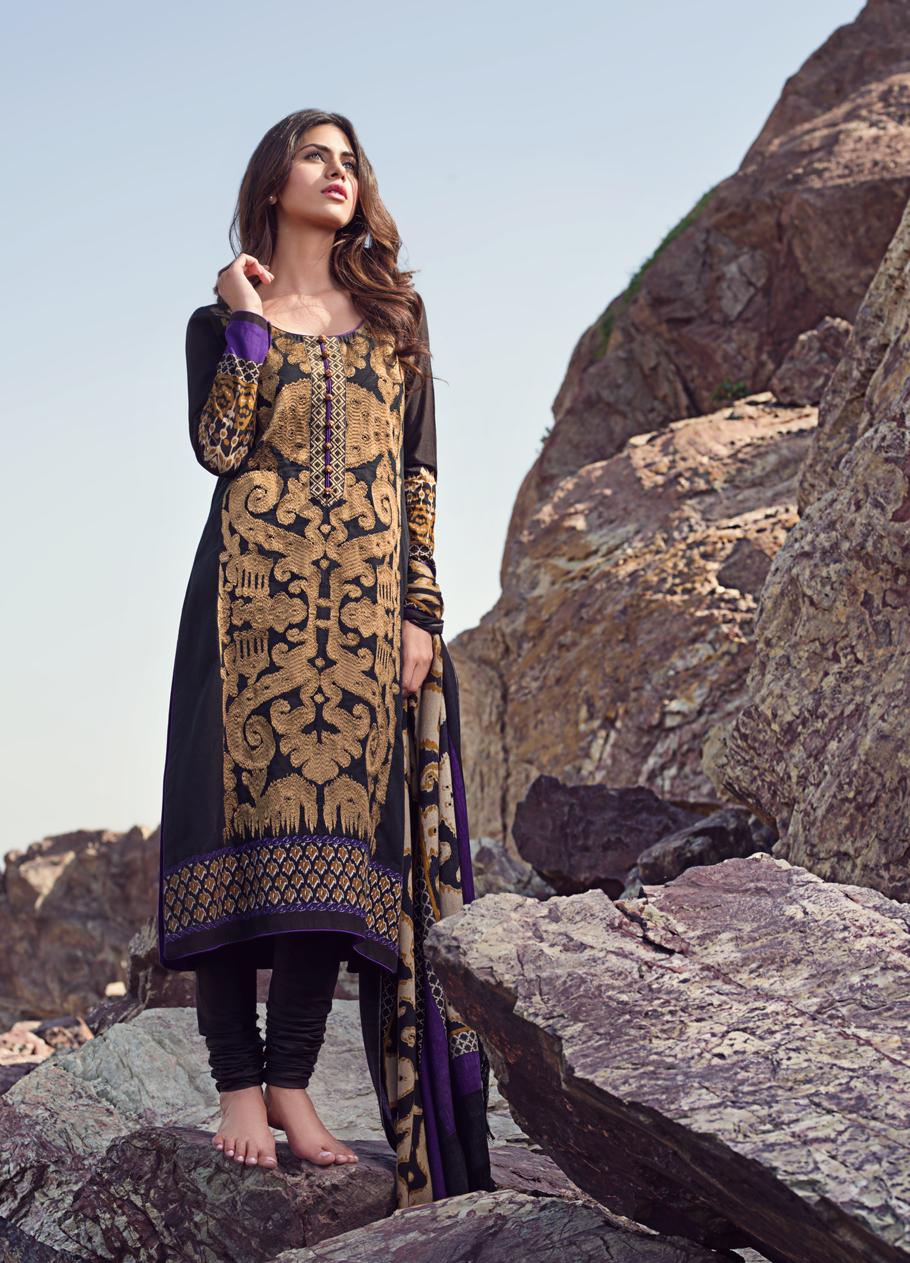 Sana-Safinaz-Winter-Shawl-Collection (1)