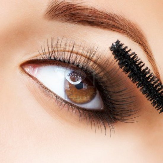 how-to-apply-mascara-perfectly-step-by-step-tutorial (22)