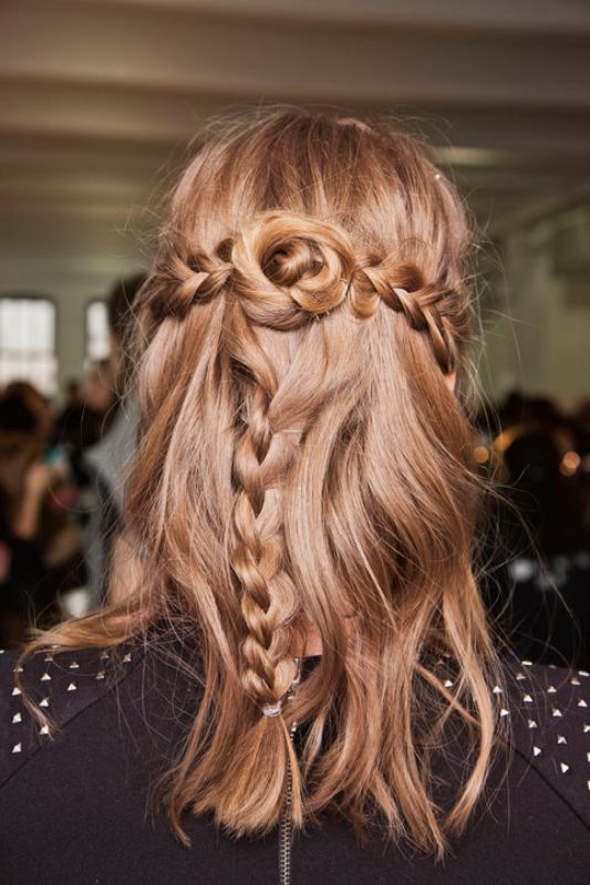 christmas-hairstyles-for-long-hair (2)