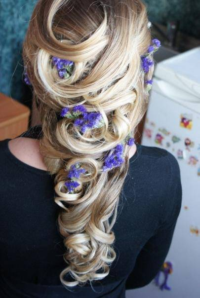 christmas-hairstyles-for-long-hair (21)