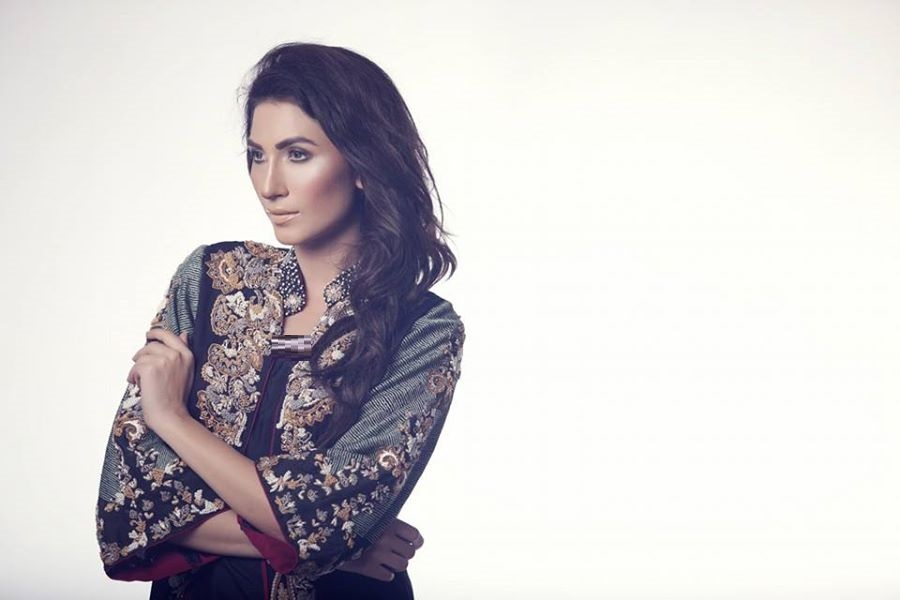 Ayesha-Somaya-Party-wear-winter-dresses-collection (16)