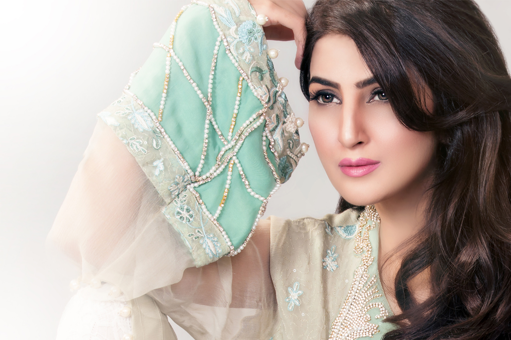 Ayesha-Somaya-Party-wear-winter-dresses-collection (41)