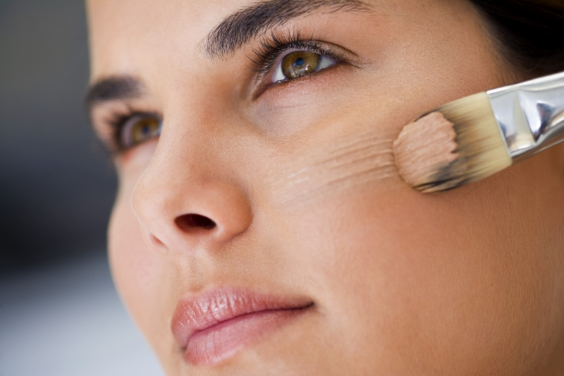 How-to-make-your-makeup-last-for-longer (8)