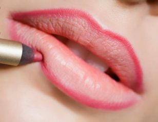 How-to-make-your-makeup-last-for-longer (9)