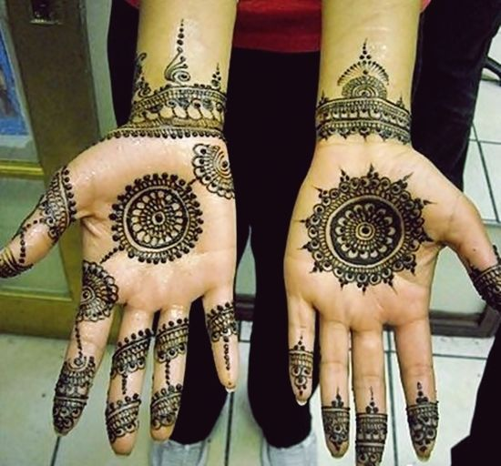 Round-Tikka-Mehndi-Designs (15)