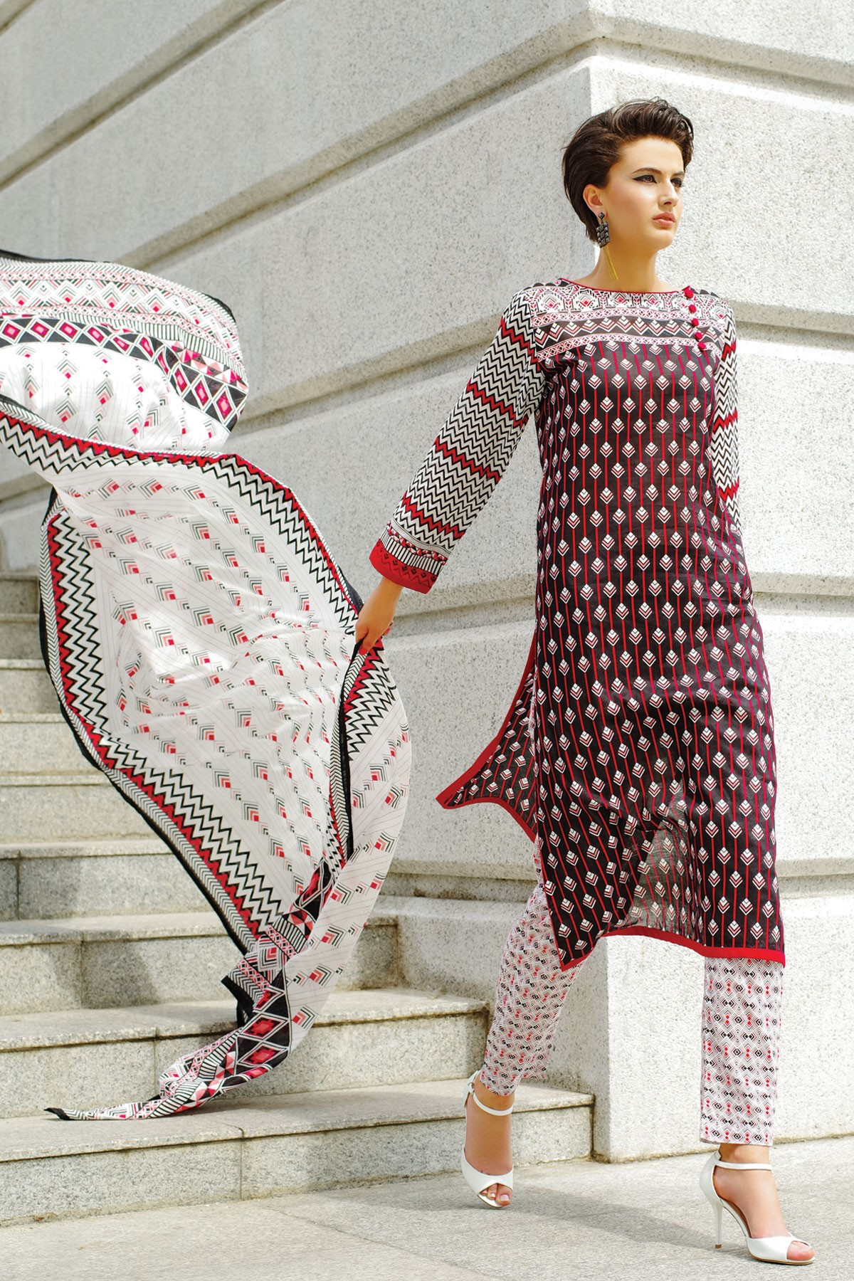 Alkaram-modern-geo-summer-collection-2015-2016 (4)