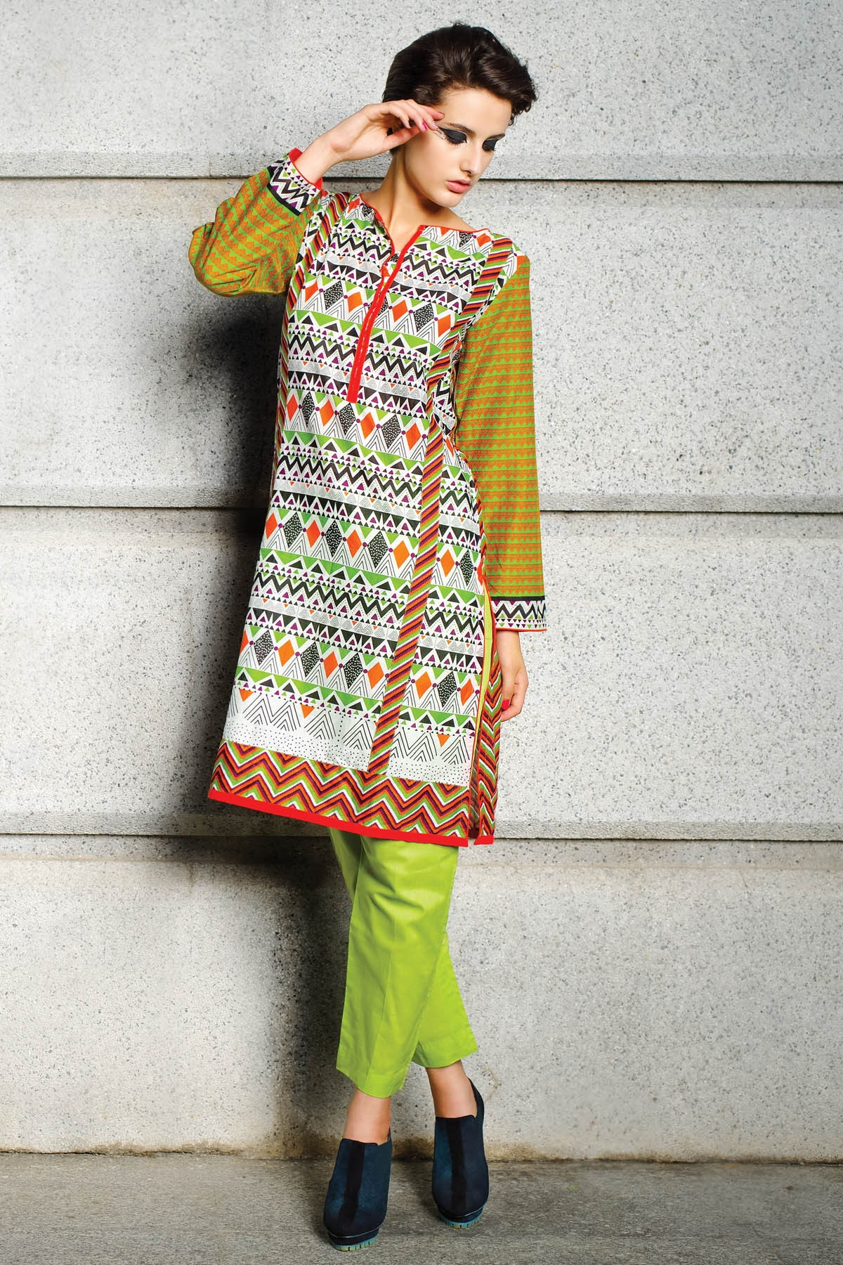 Alkaram-modern-geo-summer-collection-2015-2016 (8)
