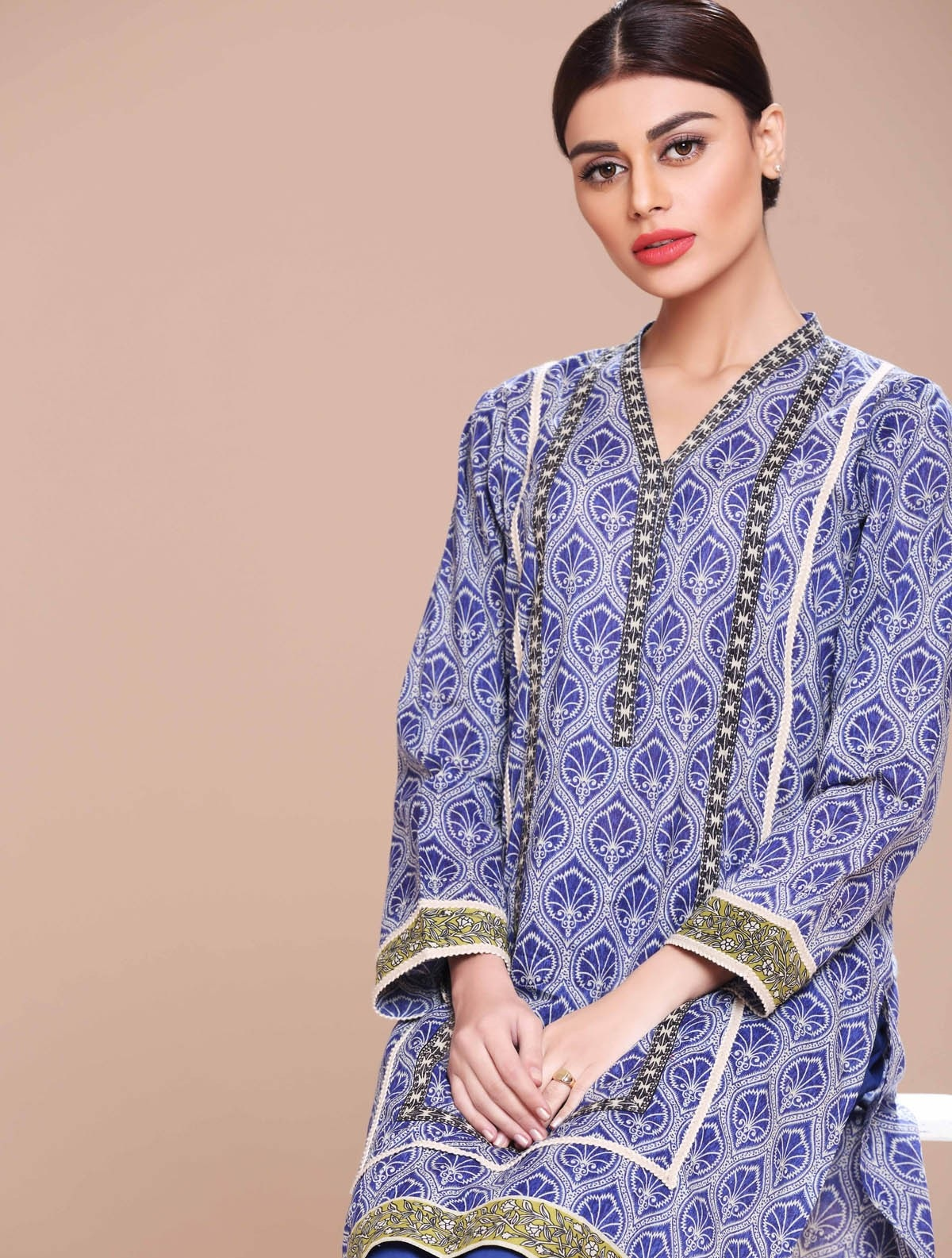 Khaadi-Lawn-Summer-Collection-2015 (1)