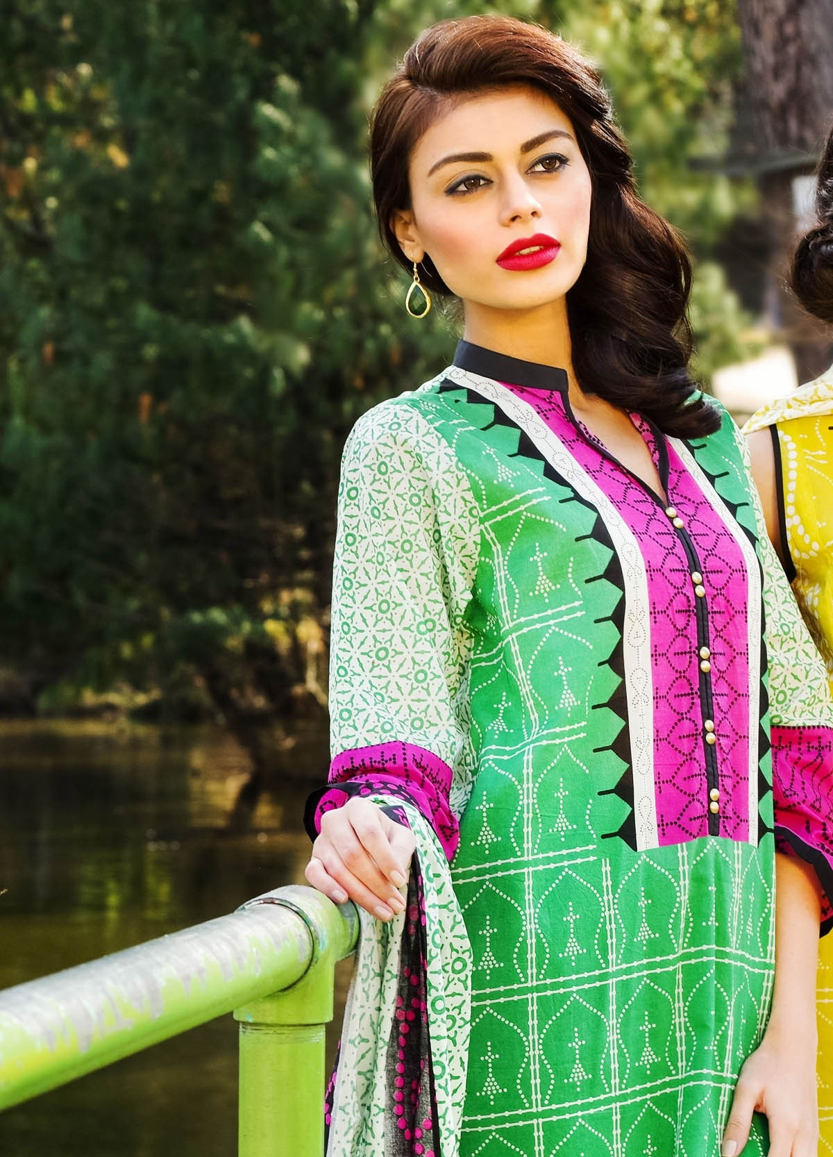 Khaadi-Lawn-Summer-Collection-2015 (13)