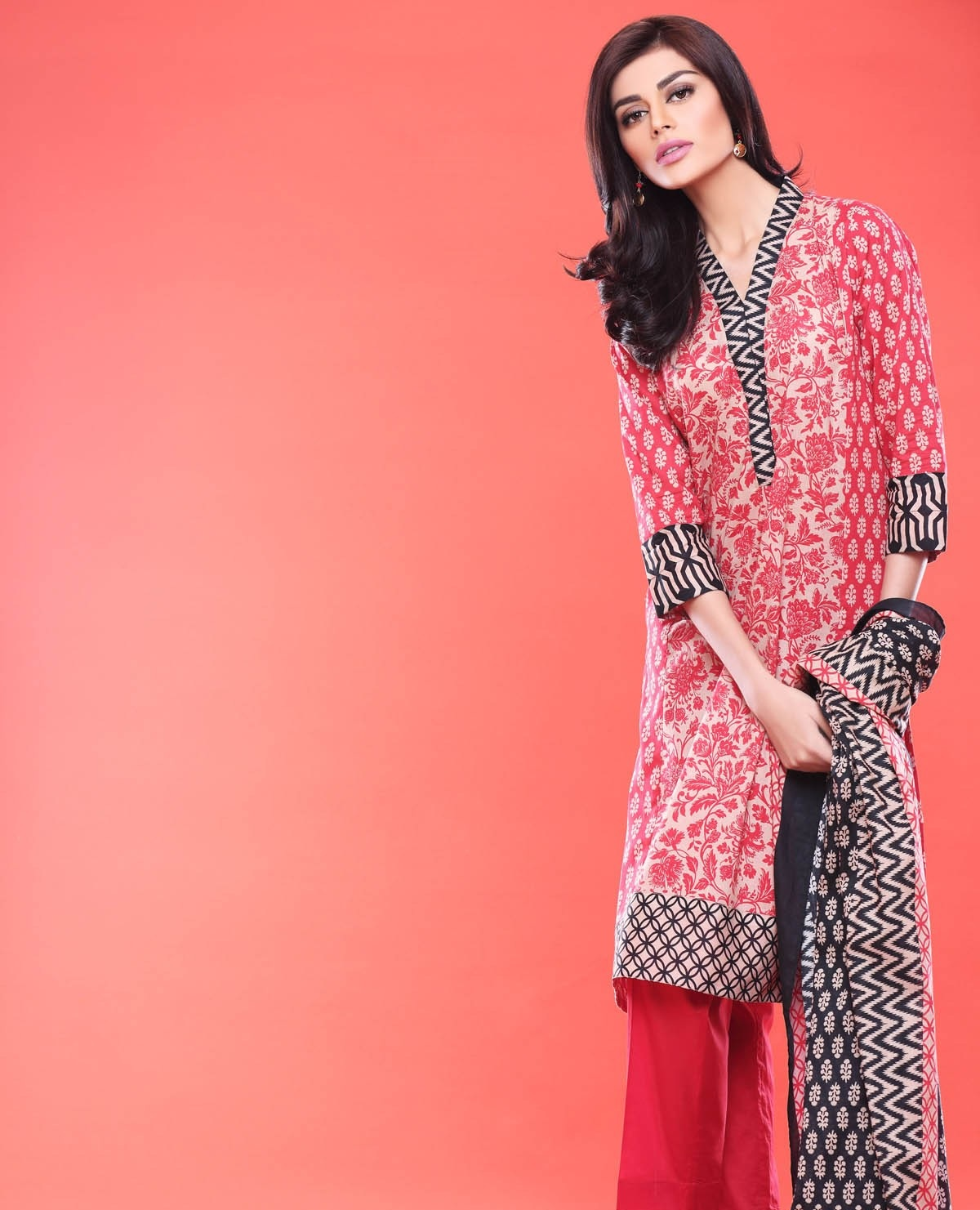 Khaadi-Lawn-Summer-Collection-2015 (18)