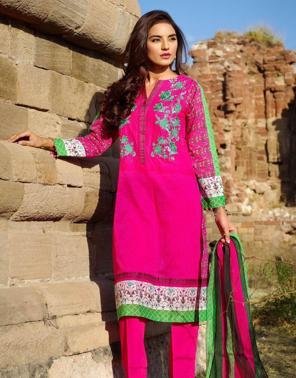 Khaadi-Lawn-Summer-Collection-2015 (20)