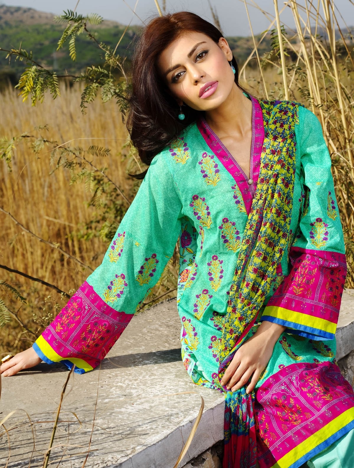 Khaadi-Lawn-Summer-Collection-2015 (23)
