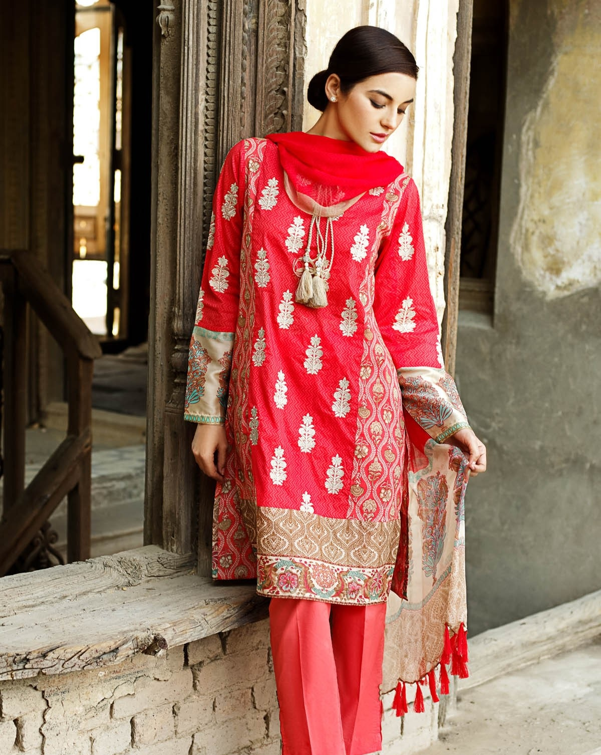 Khaadi-Lawn-Summer-Collection-2015 (26)