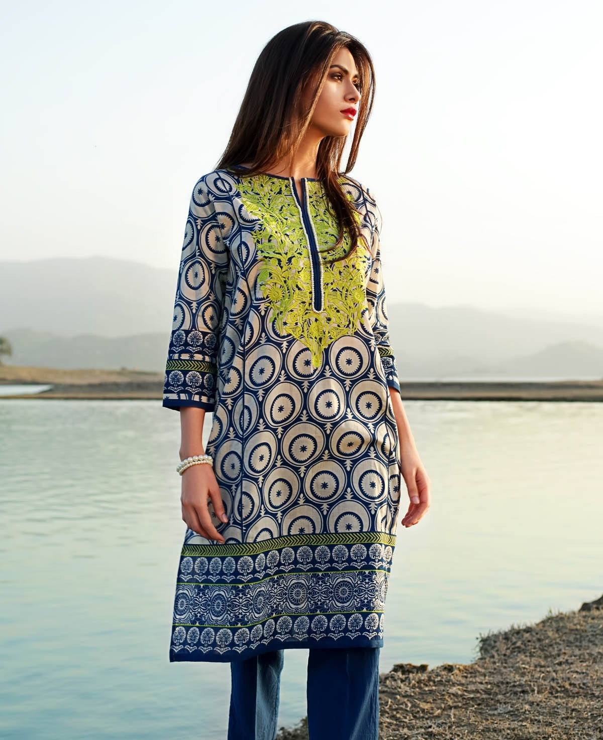 Khaadi-Lawn-Summer-Collection-2015 (40)