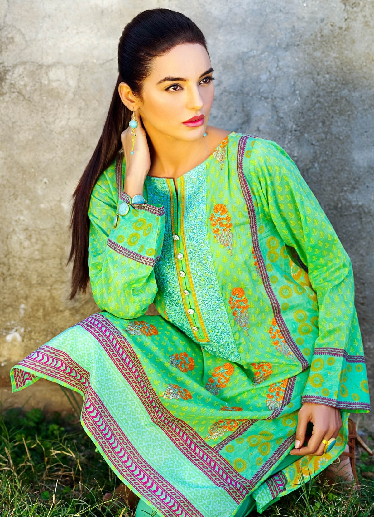 Khaadi-Lawn-Summer-Collection-2015 (8)