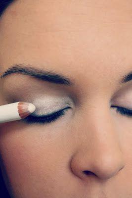 step7-Eyemakeup-(indian-bridal-makeup) (1)