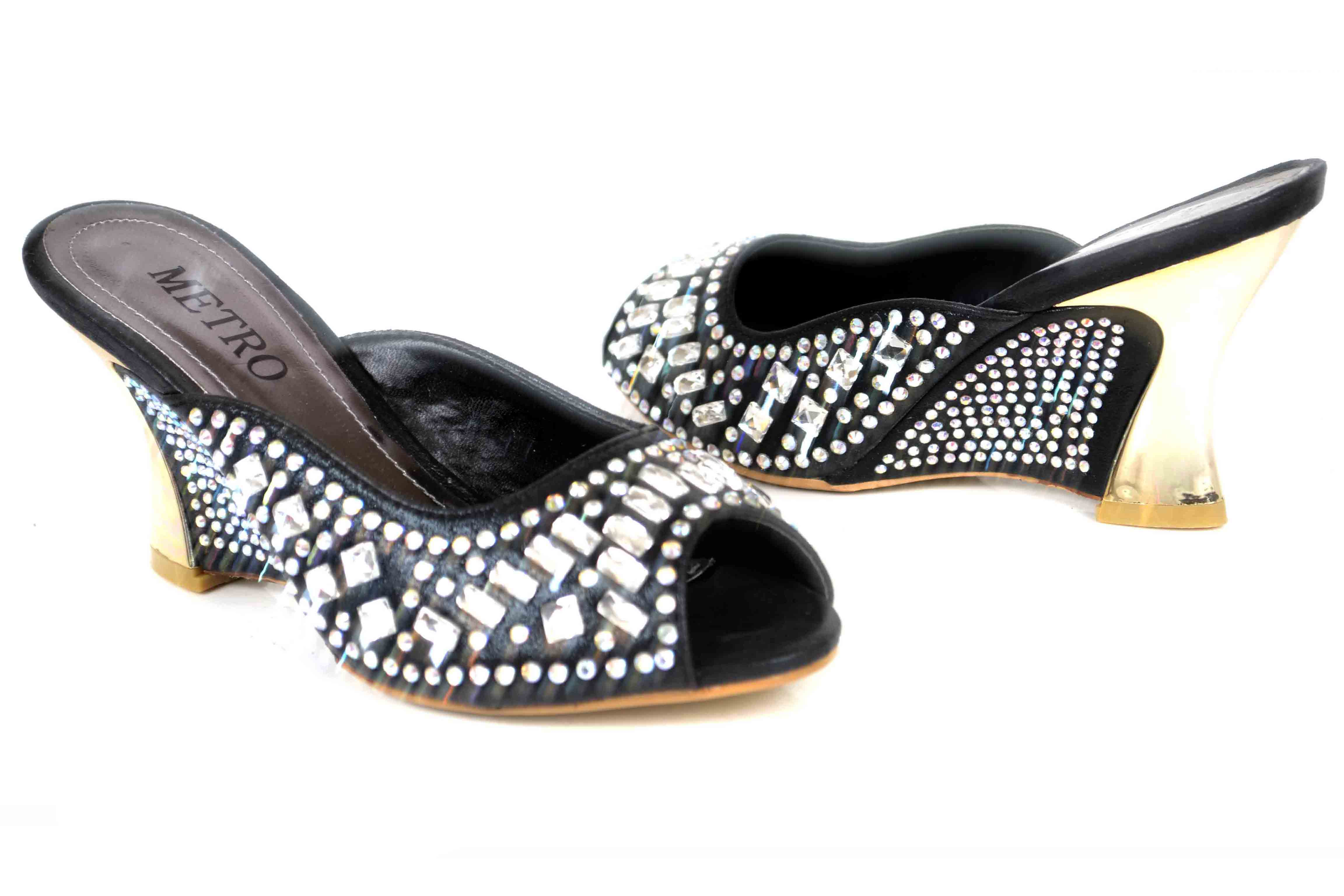 Metro-Shoes-Spring-Summer-Collection-2015-2016 (22)