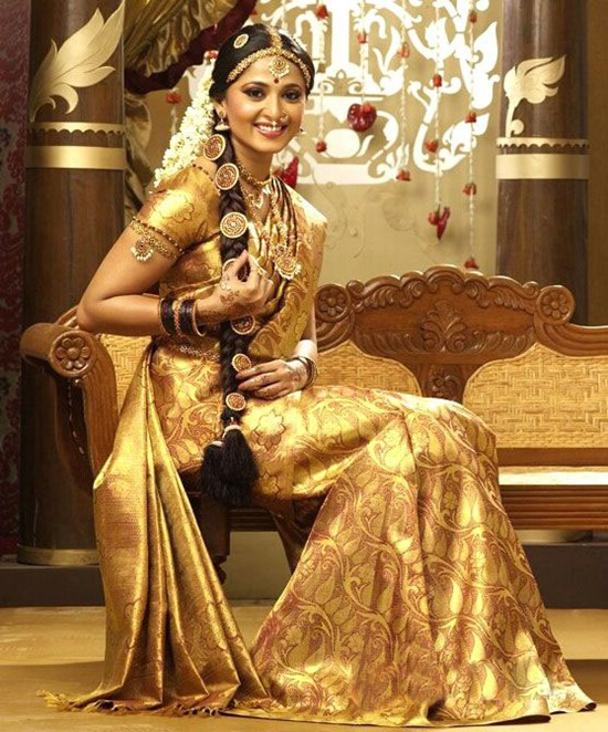 Designer-Embroidered-Indian-Bridal-Sarees (4)