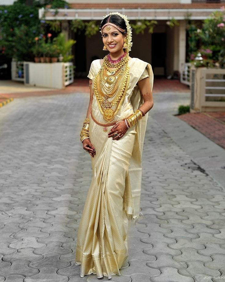 Designer-Embroidered-Indian-Bridal-Sarees (5)