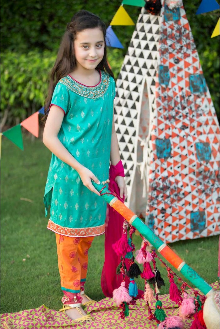 Maria-B-Eid-Collection-2015-2016 (32)