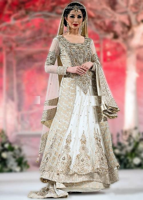 Beautiful-Maxi-Style-Dresses-in-Pakistan (11)