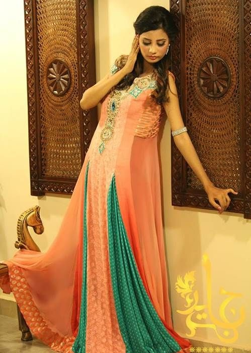 Beautiful-Maxi-Style-Dresses-in-Pakistan (14)