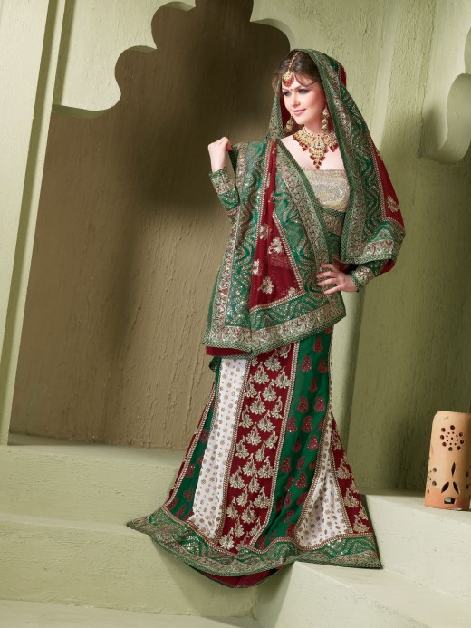 Indian-Bridal-Lehenga-Choli-Designs (16)