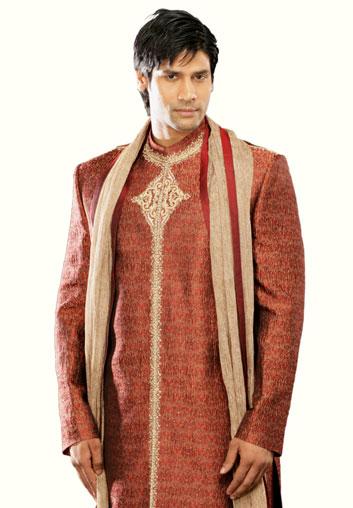 Indian-designer-wedding-wear-groom's-dresses (15)