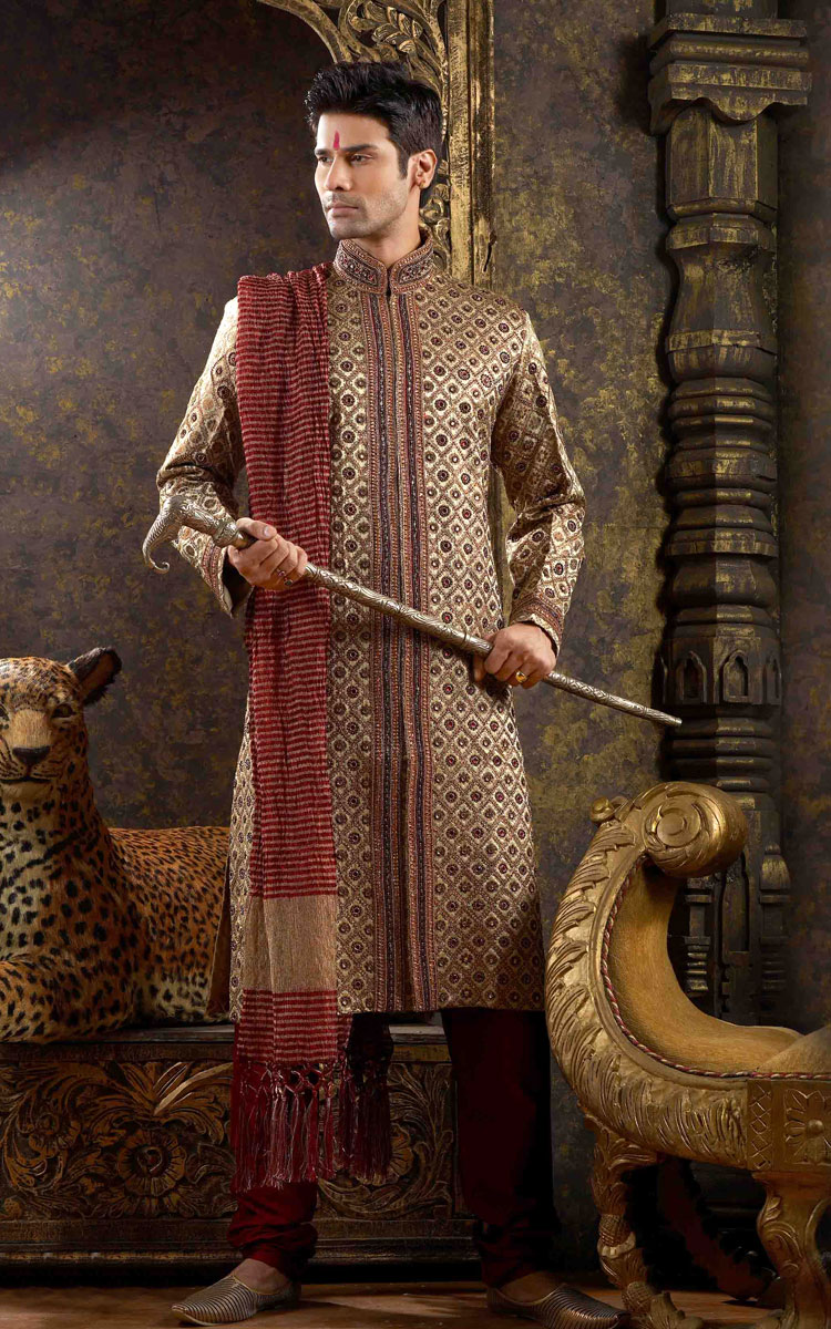 Indian-designer-wedding-wear-groom's-dresses (18)