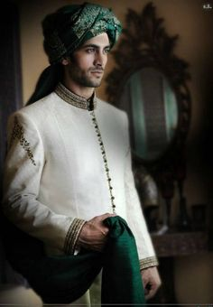 Indian-designer-wedding-wear-groom's-dresses (19)