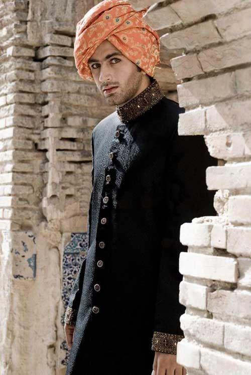Pakistani-Designer-Grooms-Dresses-Collection (2)