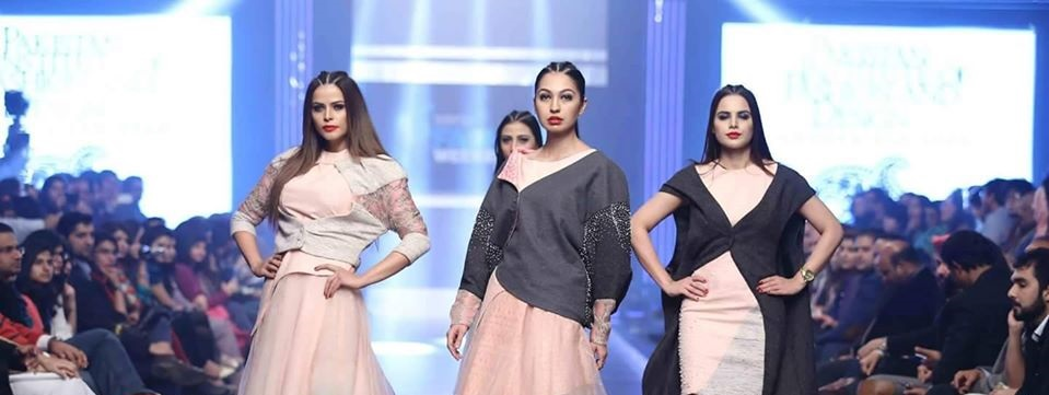 Telenor-Bridal-Couture-Week-2015-2016-All-Collections (5)
