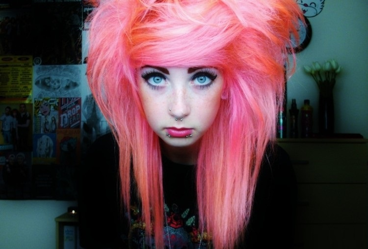 Best-Emo-Girl-Hairstyles-For-Gilrs (4)