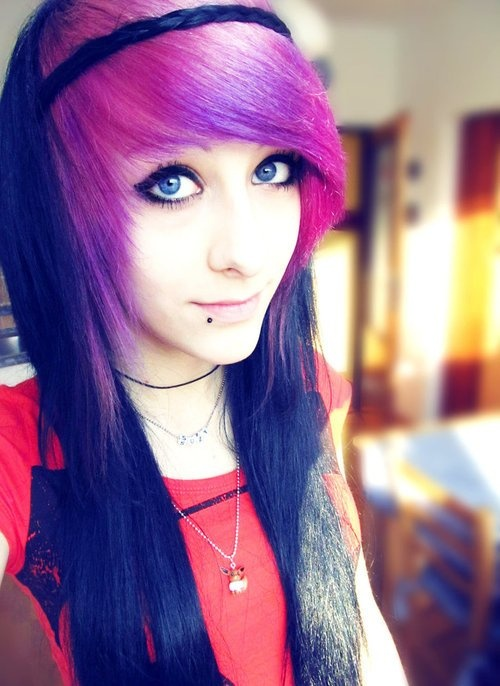 Best-Emo-Girl-Hairstyles-For-Gilrs (7)