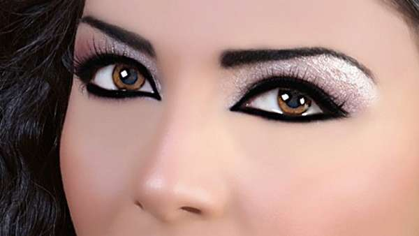 How-to-make-eyes-look-bigger-with-make-up (13)
