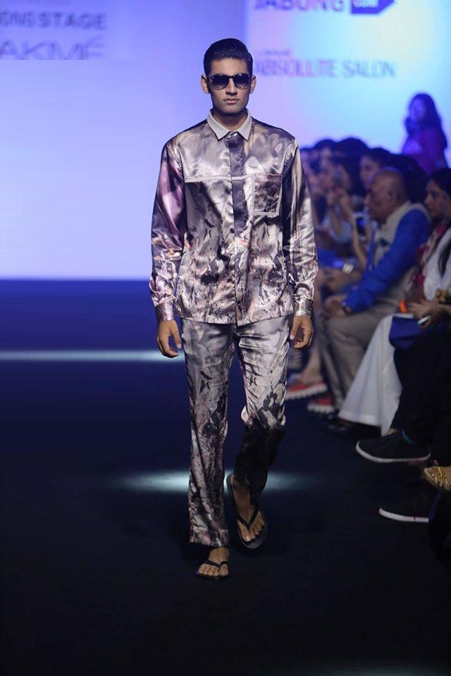 ARUNIMA-MAJHI-KALEEKAL-KANIKA-GOYA-at-Lakme-Fashion-Week (1)