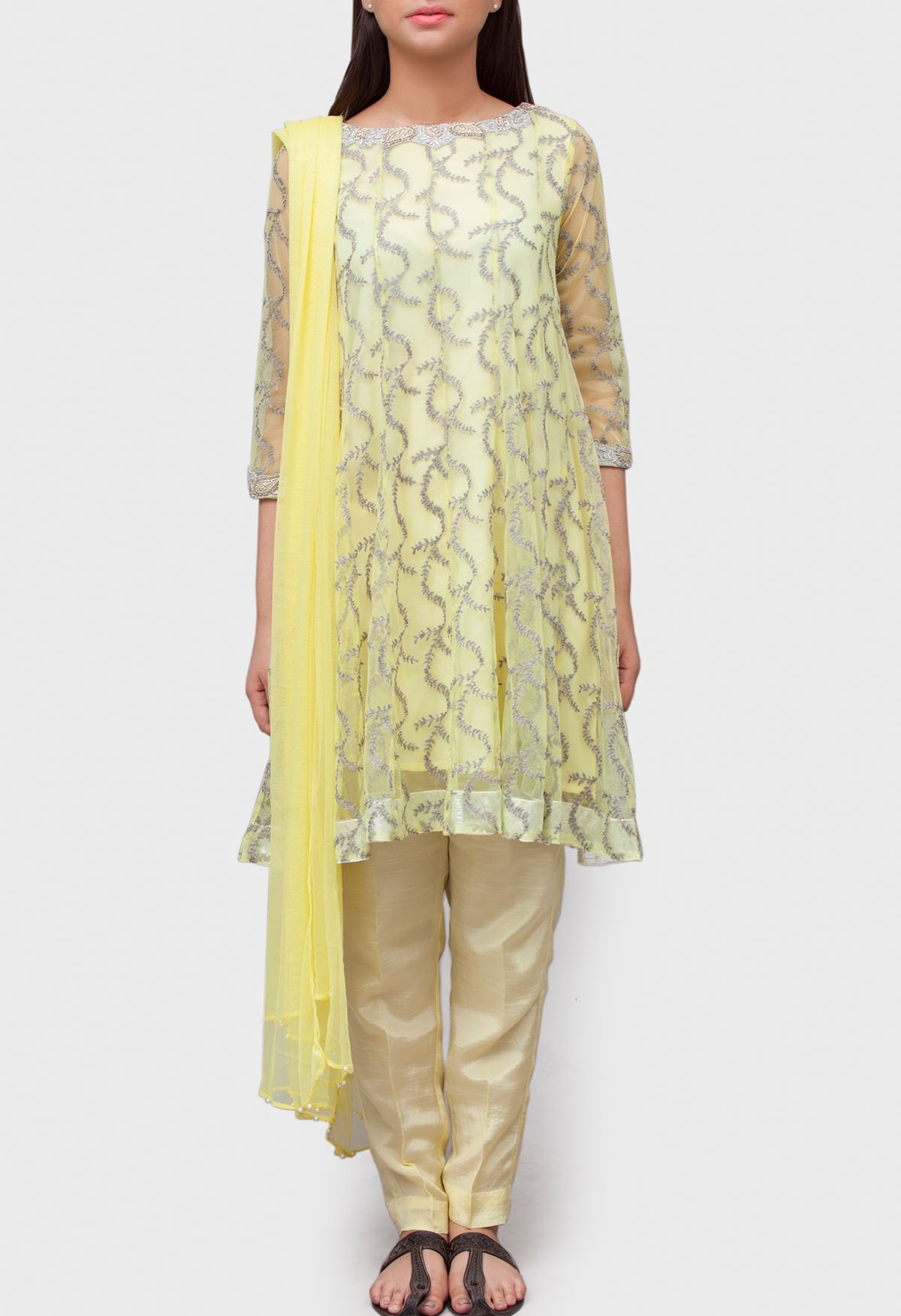 generation lemon yellow machine embroidered net suit