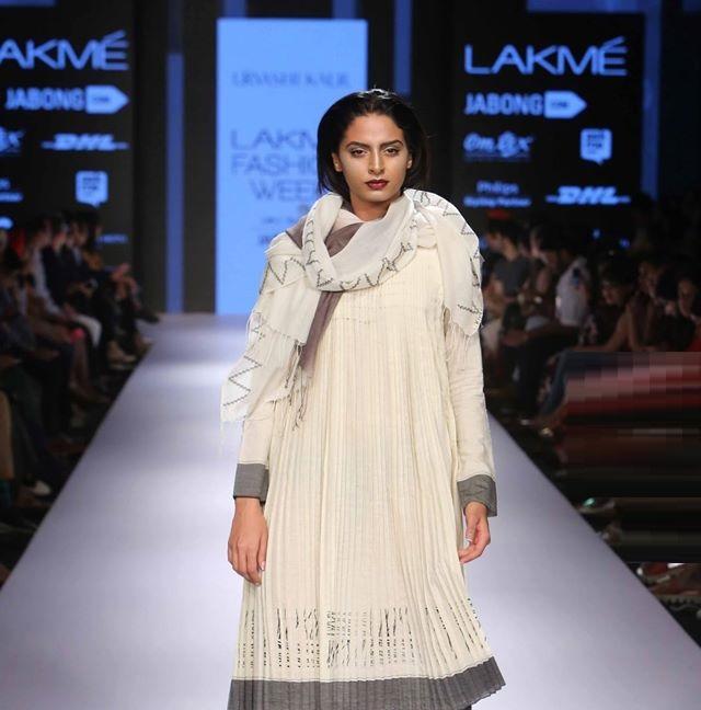 NITYA-ARORA-URVASHI KAUR-at-Lakme-Fashion-Week (2)