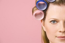 How-to-use-hot-hair-rollers-tutorial (3)