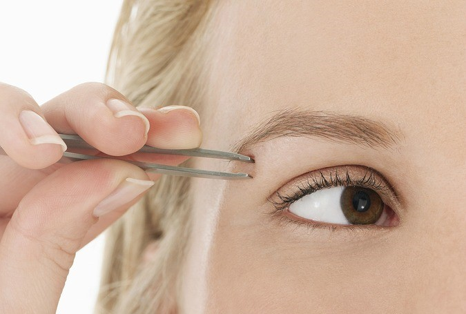 step-6-how-to-shape-eyebrows (3)