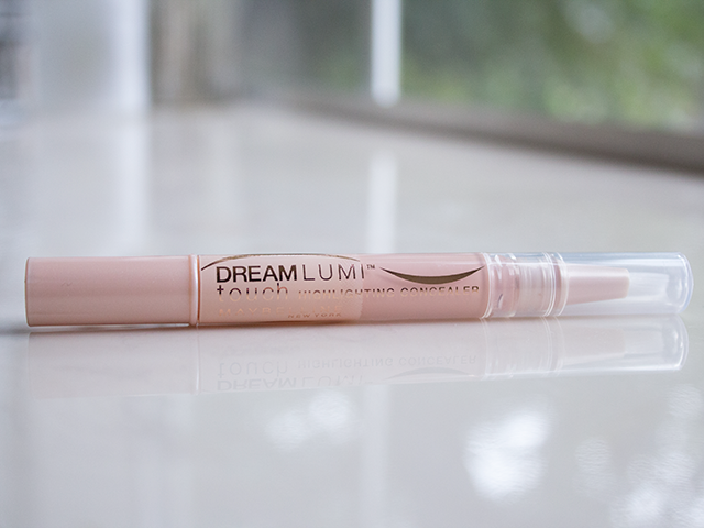 top-10-concealers-to-hide-spots-for-fair-skinned-women (2)