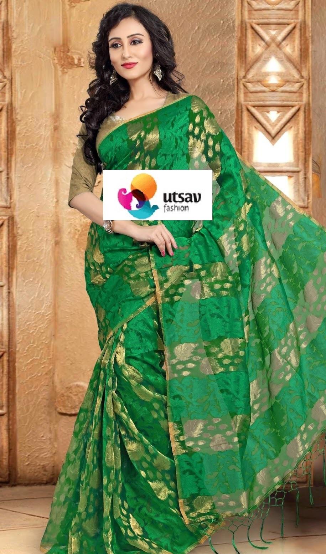 Indian-Designer-Banarasi-Saree-Designs (29)