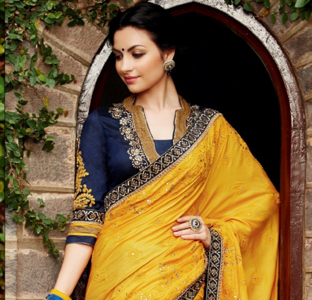 Indian-Designer-Banarasi-Saree-Designs (30)